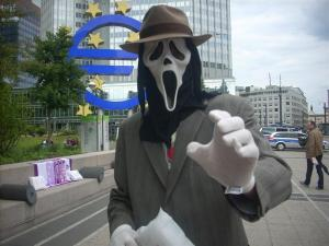 Wolf-Ram.de in front of European Central Bank